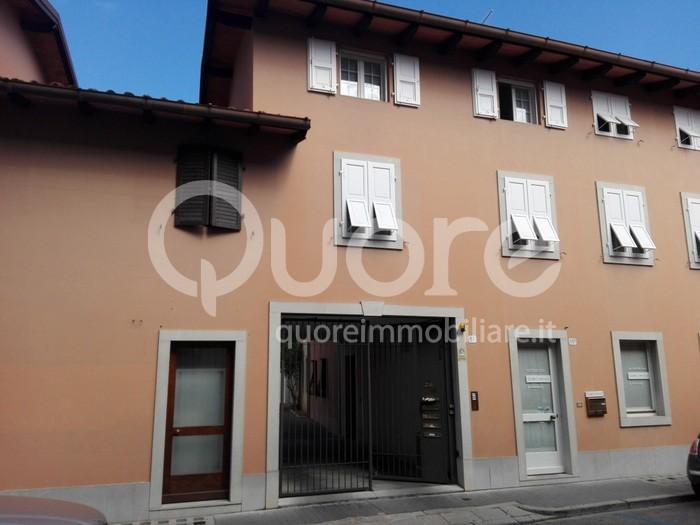Soluzione Indipendente in vendita a Udine, 5 locali, zona Località: Centrostorico, prezzo € 150.000 | CambioCasa.it