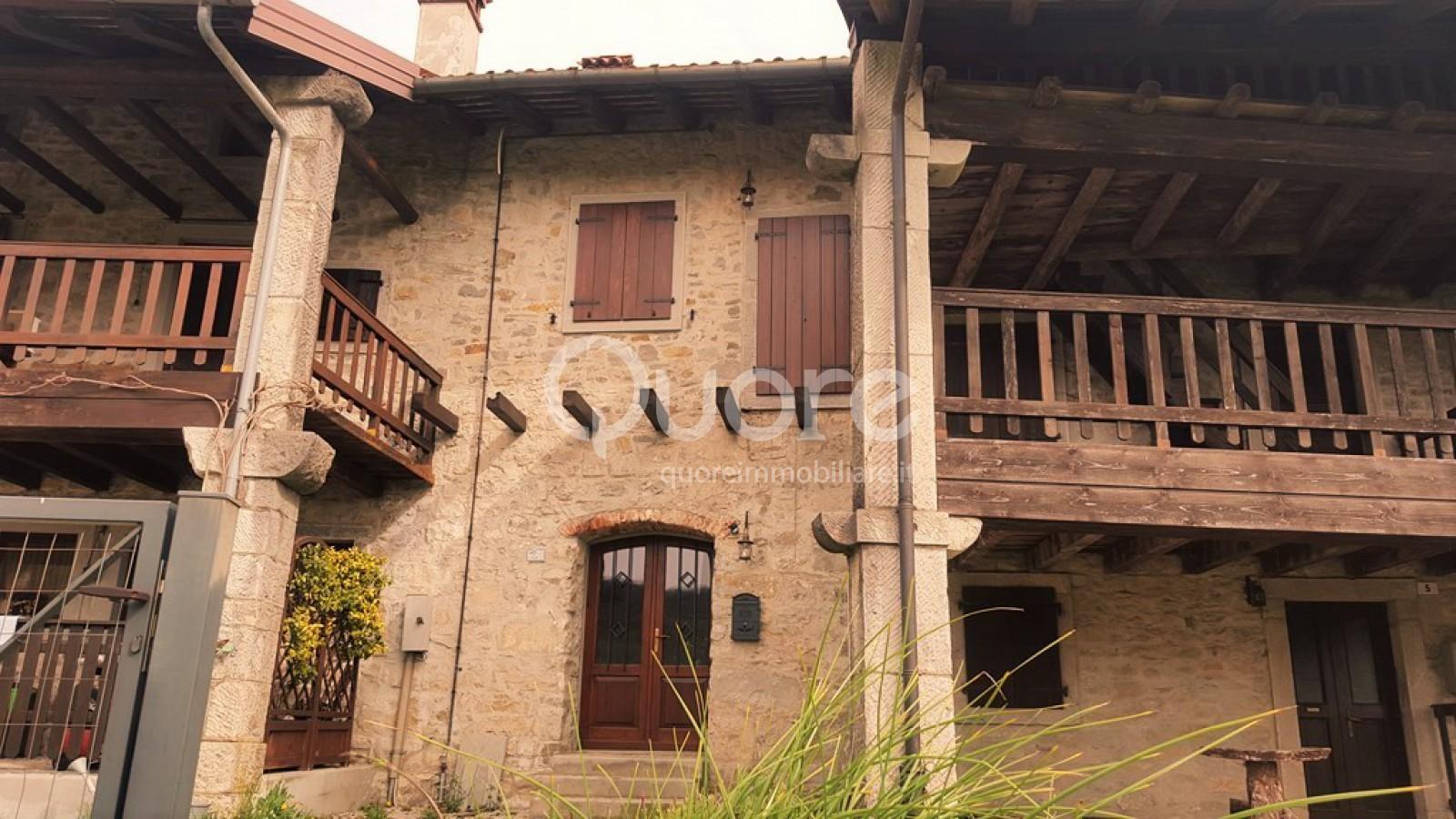 Soluzione Indipendente in vendita a Attimis, 5 locali, zona Zona: Forame, prezzo € 110.000 | Cambio Casa.it