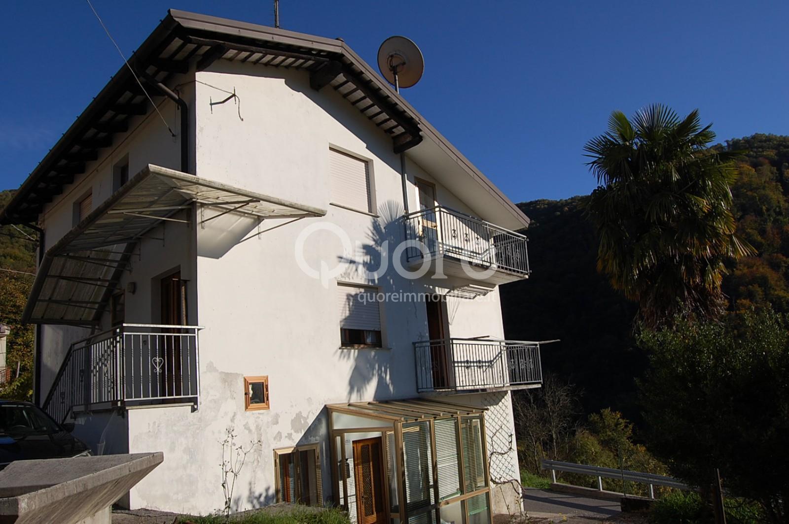 Soluzione Indipendente in vendita a Pulfero, 8 locali, zona Località: Zeiaz, prezzo € 45.000 | Cambio Casa.it
