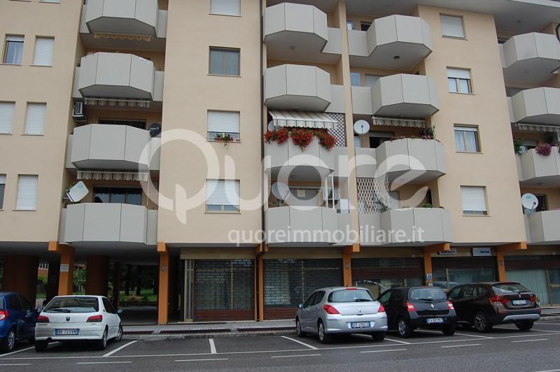Negozio / Locale in vendita a Udine, 9999 locali, prezzo € 97.000   CambioCasa.it