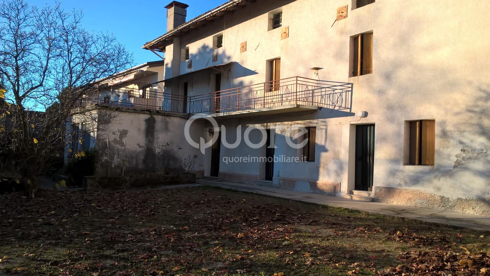 Soluzione Semindipendente in vendita a Colloredo di Monte Albano, 10 locali, prezzo € 85.000 | CambioCasa.it