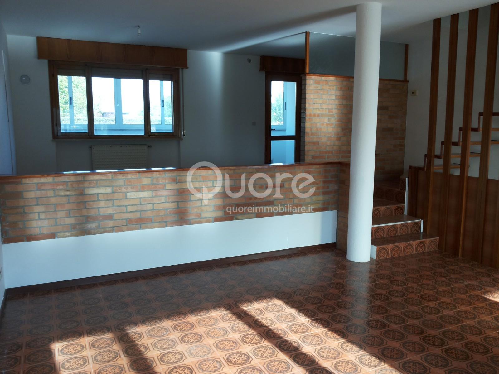 Villa a Schiera in vendita a Mortegliano, 6 locali, prezzo € 115.000 | CambioCasa.it