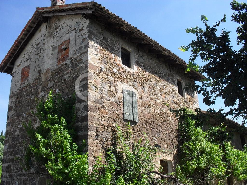Rustico / Casale in Vendita a Manzano