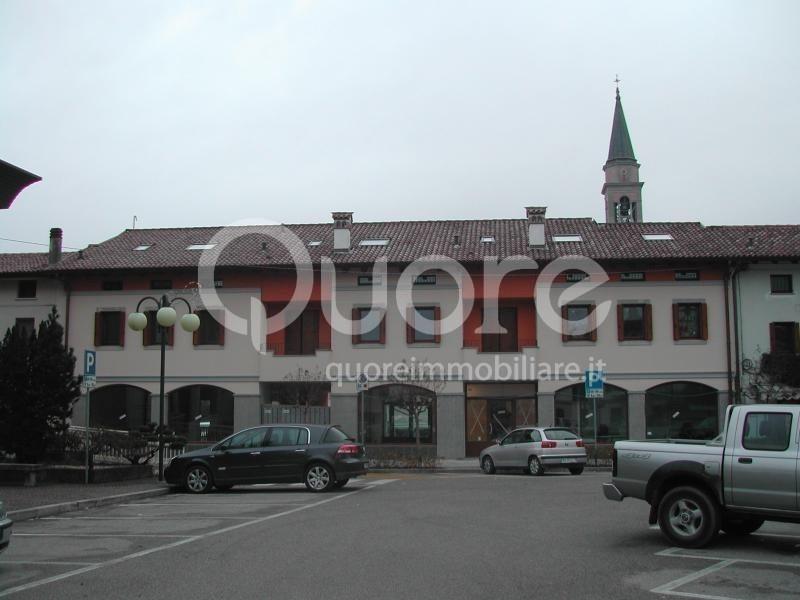 Negozio / Locale in affitto a Remanzacco, 9999 locali, prezzo € 850 | Cambio Casa.it