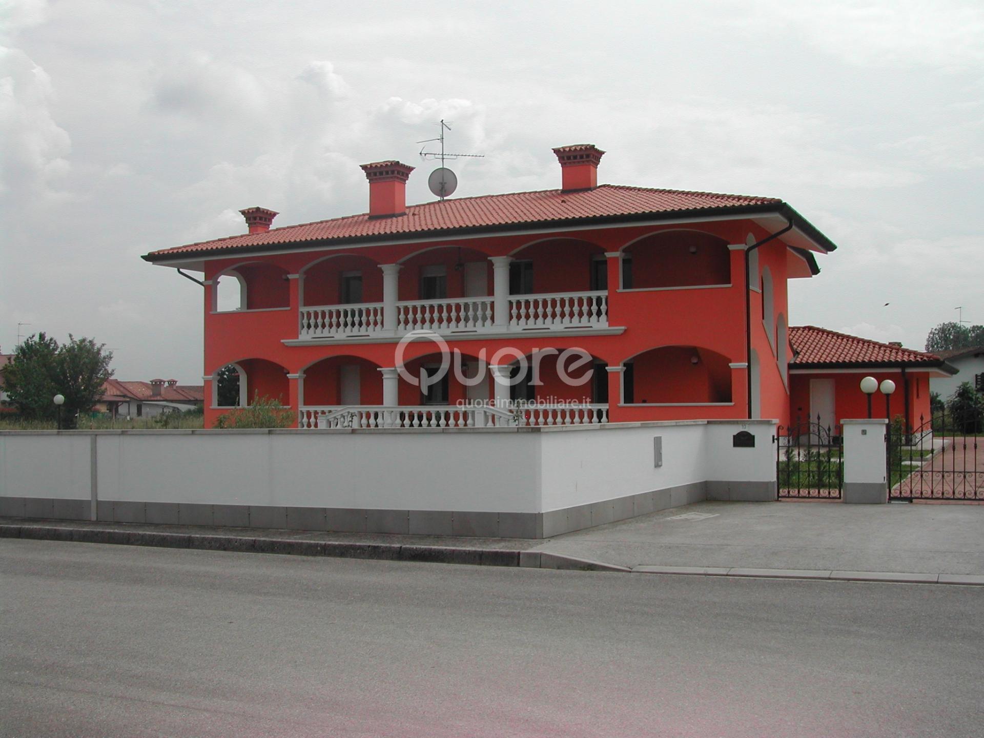 Soluzione Semindipendente in vendita a Povoletto, 5 locali, zona Località: MarsurediSotto, prezzo € 220.000 | Cambio Casa.it