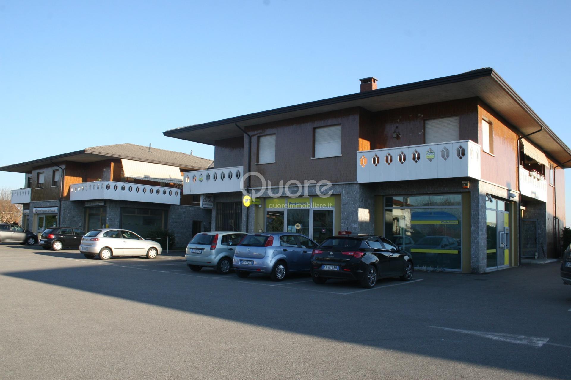 Negozio / Locale in affitto a Povoletto, 9999 locali, zona Zona: Salt, prezzo € 850   Cambio Casa.it