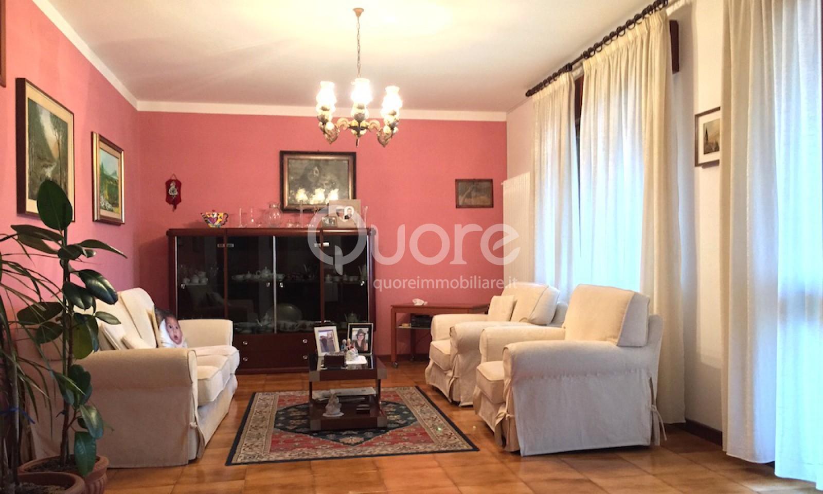Appartamento in vendita a Muzzana del Turgnano, 6 locali, prezzo € 103.000 | Cambio Casa.it