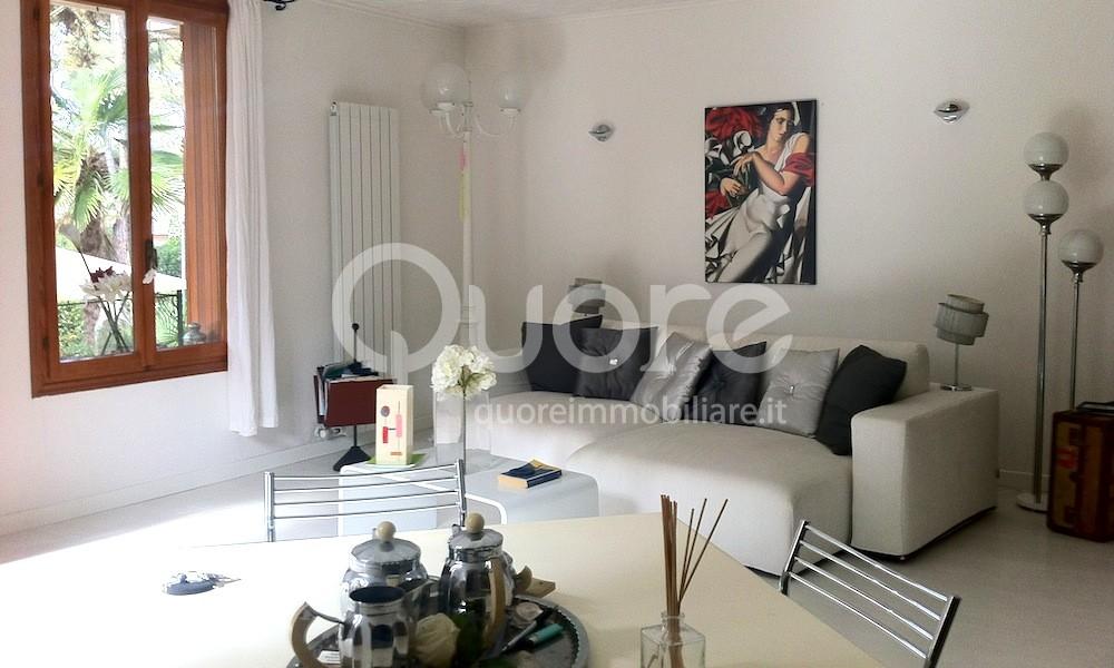 Appartamento in vendita a Lignano Sabbiadoro, 5 locali, zona Località: LignanoPineta, prezzo € 350.000   Cambio Casa.it