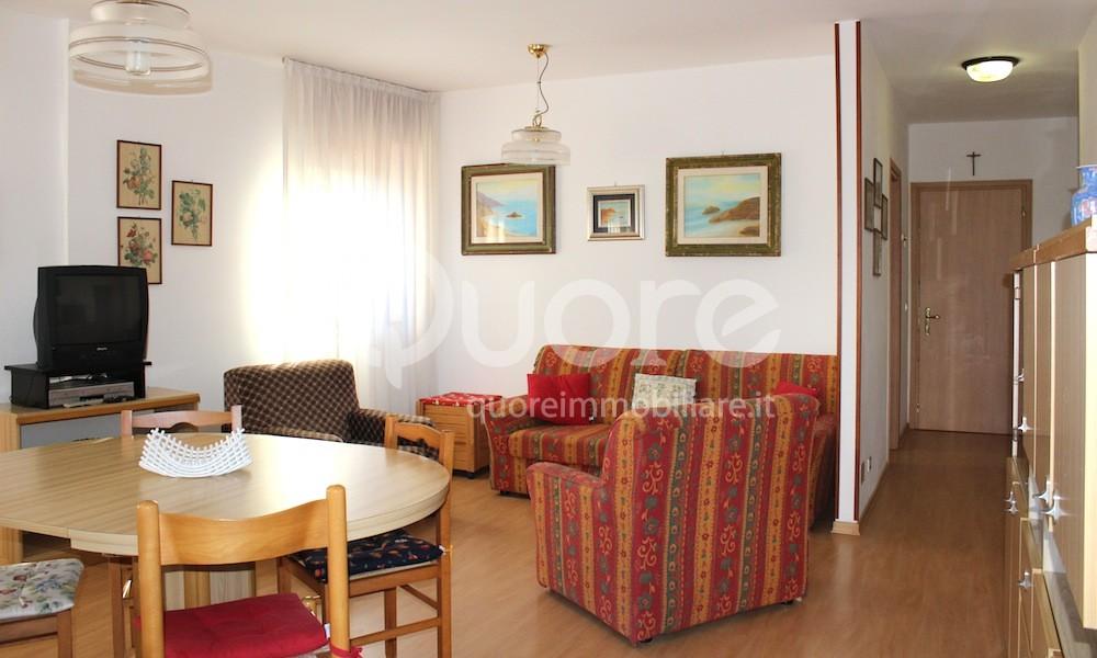 Appartamento in vendita a Lignano Sabbiadoro, 4 locali, zona Località: LignanoPineta, prezzo € 220.000 | CambioCasa.it