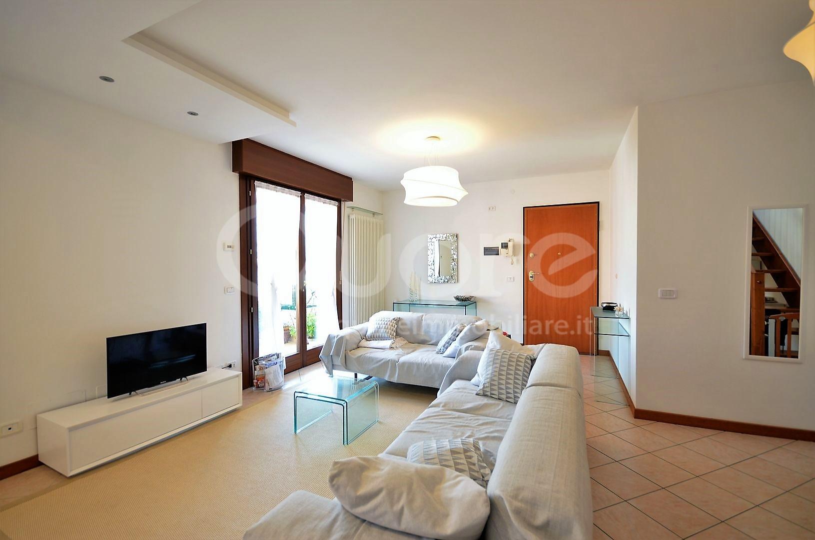 Appartamento in vendita a Udine, 4 locali, zona Zona: Semicentro, prezzo € 183.000 | Cambio Casa.it