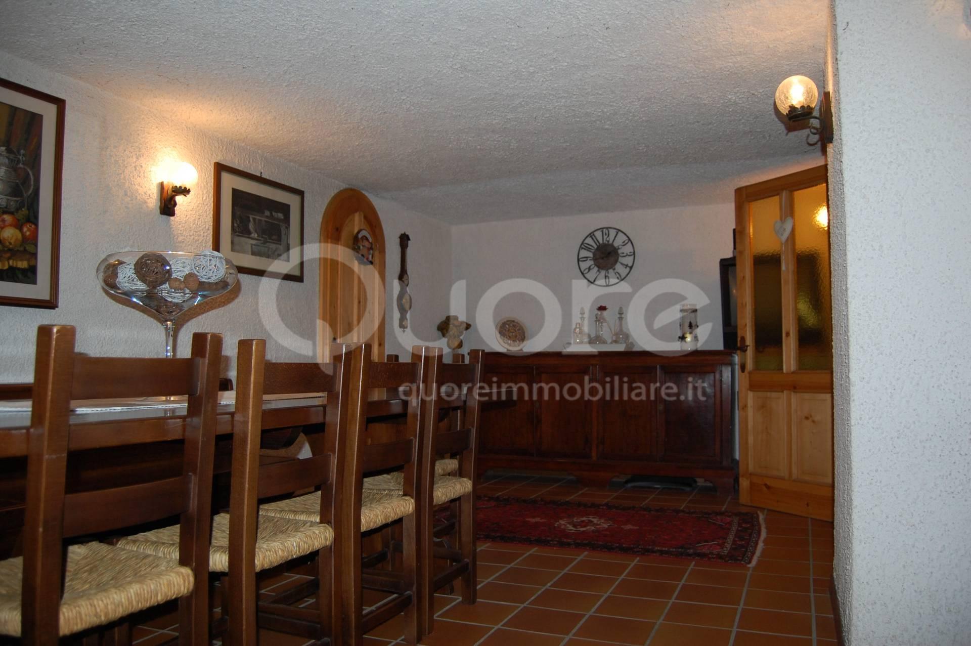Villa in vendita a Udine, 6 locali, prezzo € 349.000 | Cambio Casa.it