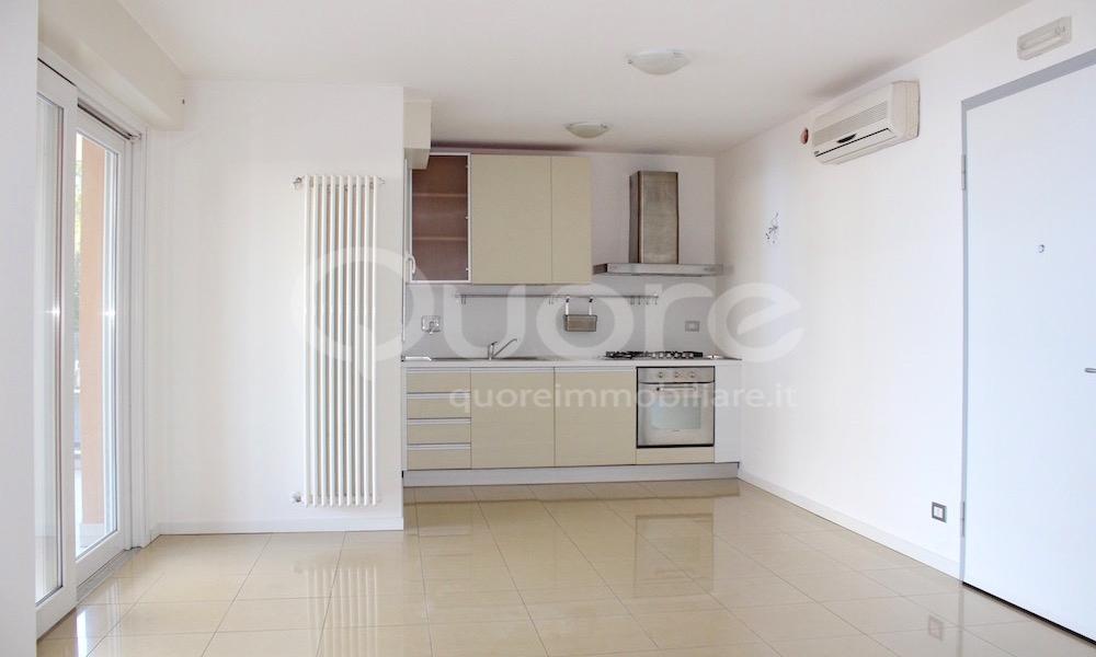 Appartamento in vendita a Lignano Sabbiadoro, 3 locali, prezzo € 220.000 | CambioCasa.it