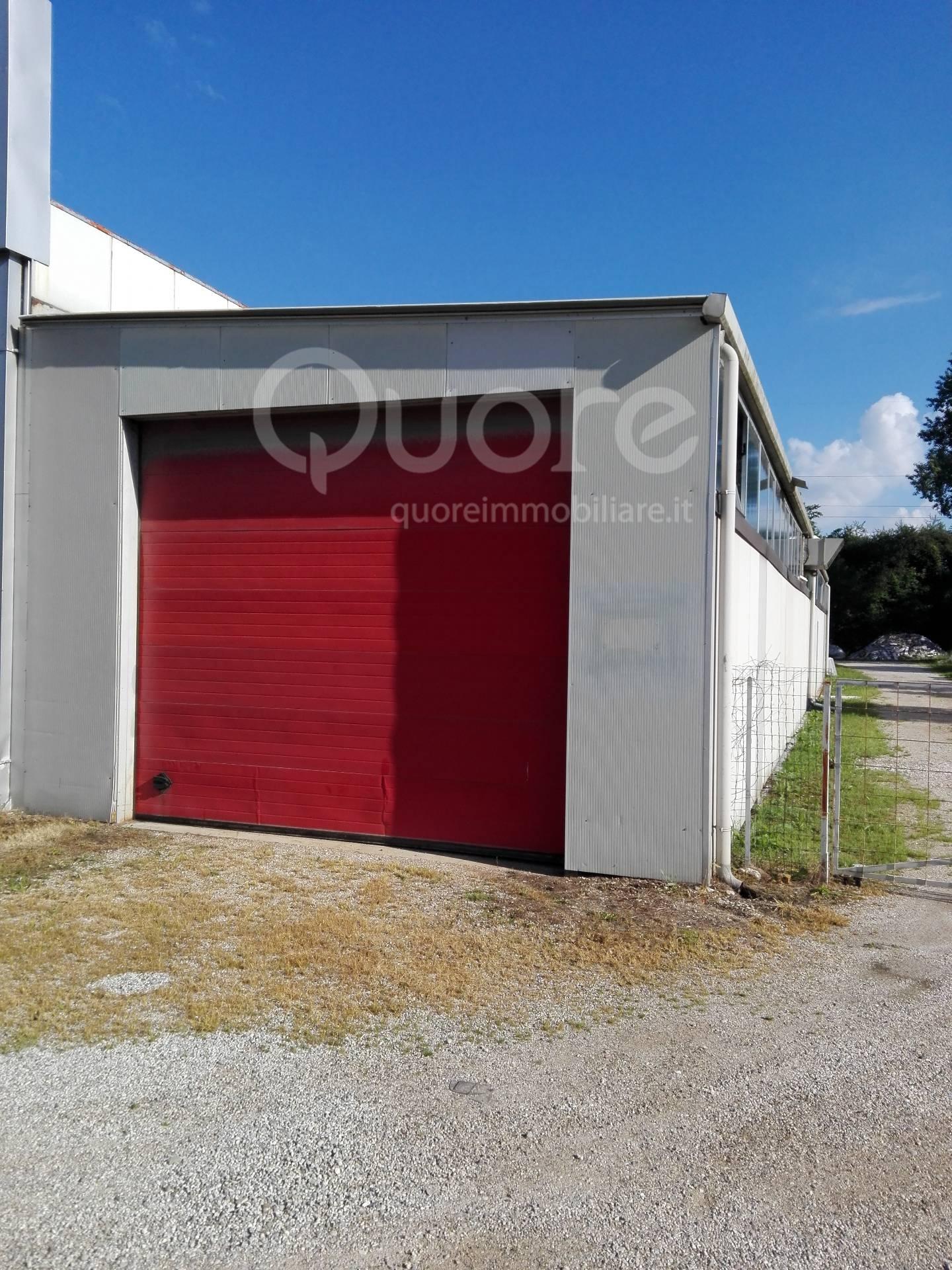 Magazzino in affitto a Pagnacco, 9999 locali, prezzo € 300 | Cambio Casa.it