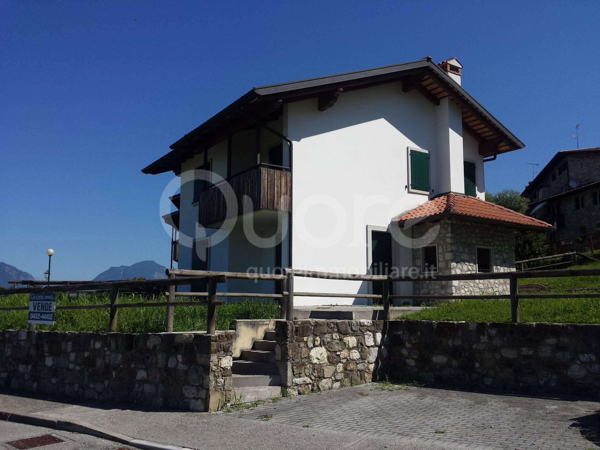 Villa in vendita a Treppo Grande, 6 locali, prezzo € 190.000 | Cambio Casa.it
