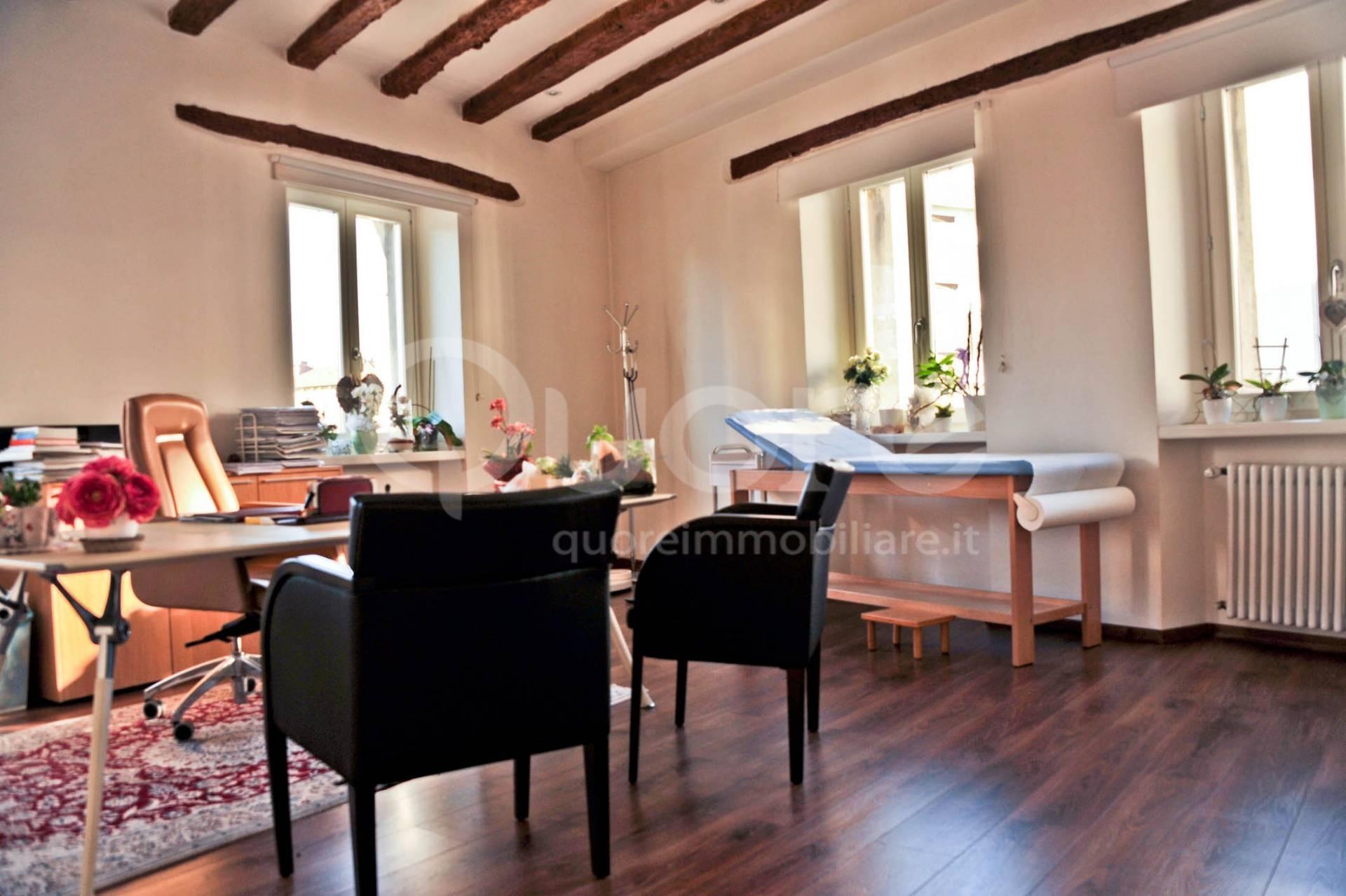 Ufficio / Studio in affitto a Udine, 9999 locali, prezzo € 1.000 | CambioCasa.it