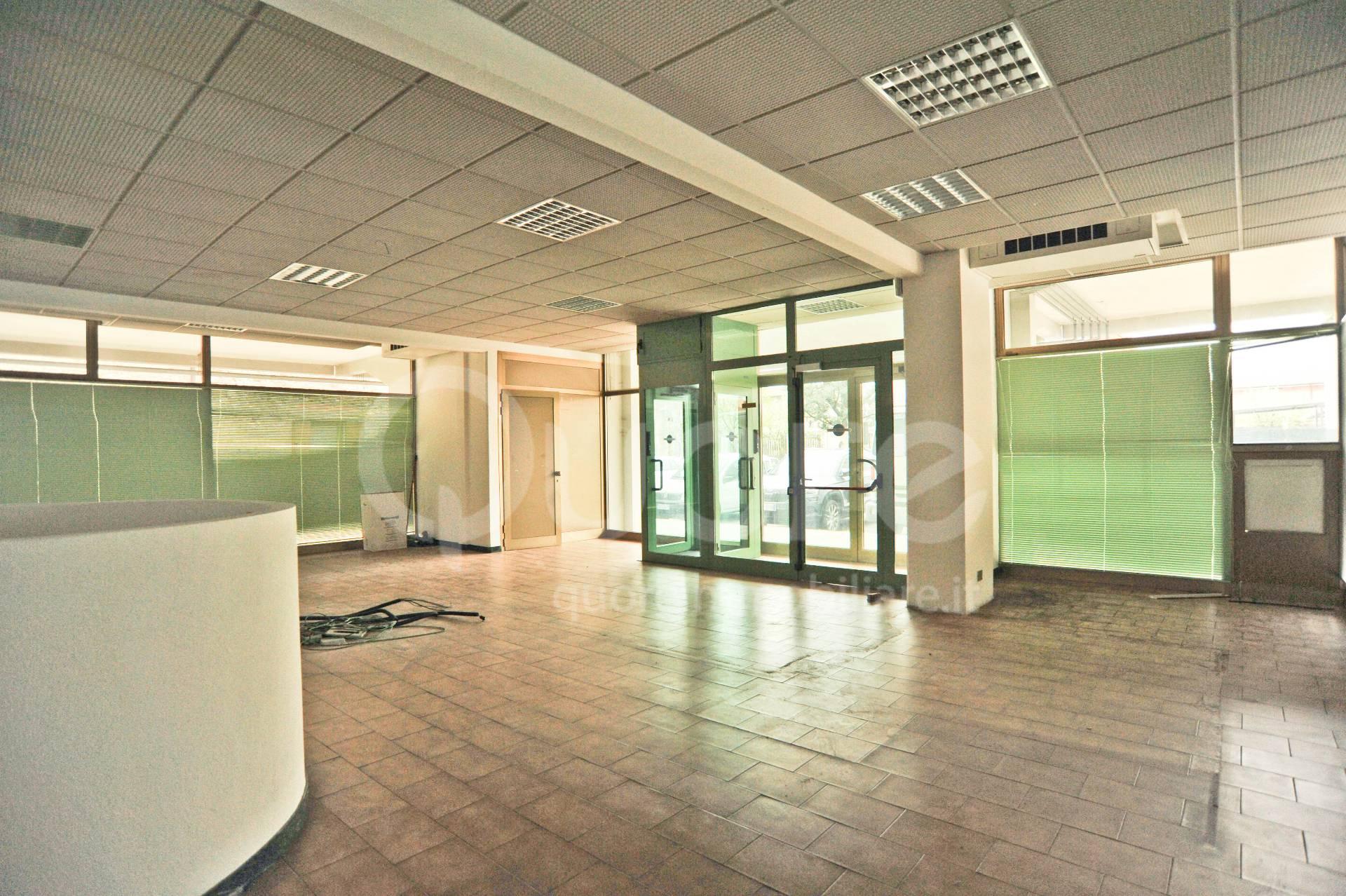 Negozio / Locale in vendita a Udine, 9999 locali, zona Zona: Beivars, prezzo € 108.000   CambioCasa.it
