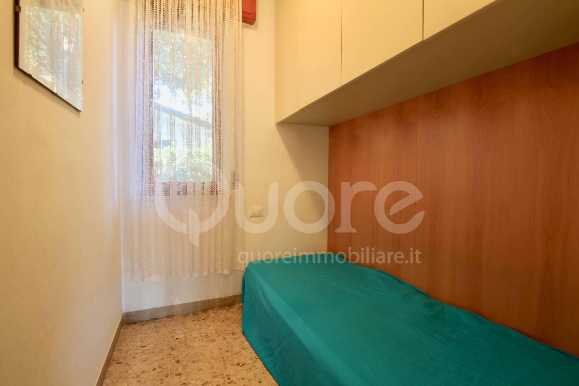 Villetta singola con giardino privato a Lignano Pineta