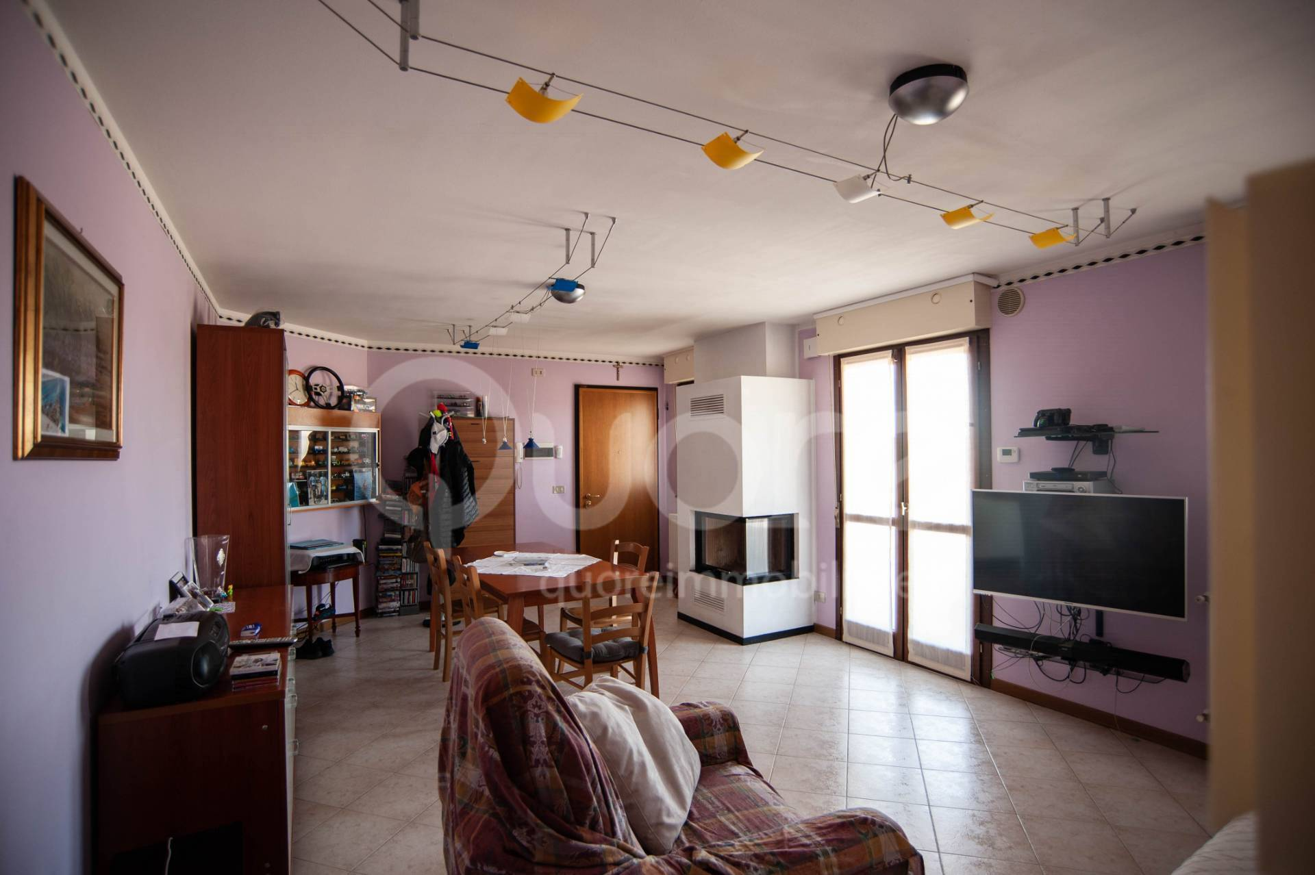 Appartamento in vendita a Tavagnacco, 5 locali, prezzo € 198.000   CambioCasa.it