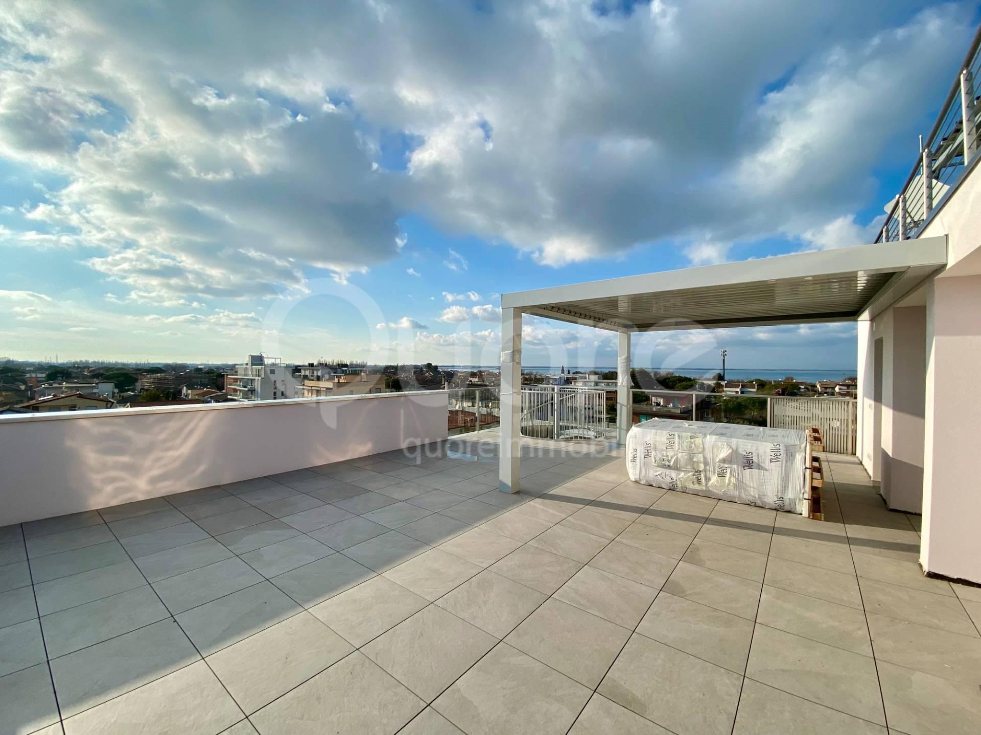 Appartamento in vendita a Lignano Sabbiadoro, 3 locali, prezzo € 475.000   CambioCasa.it