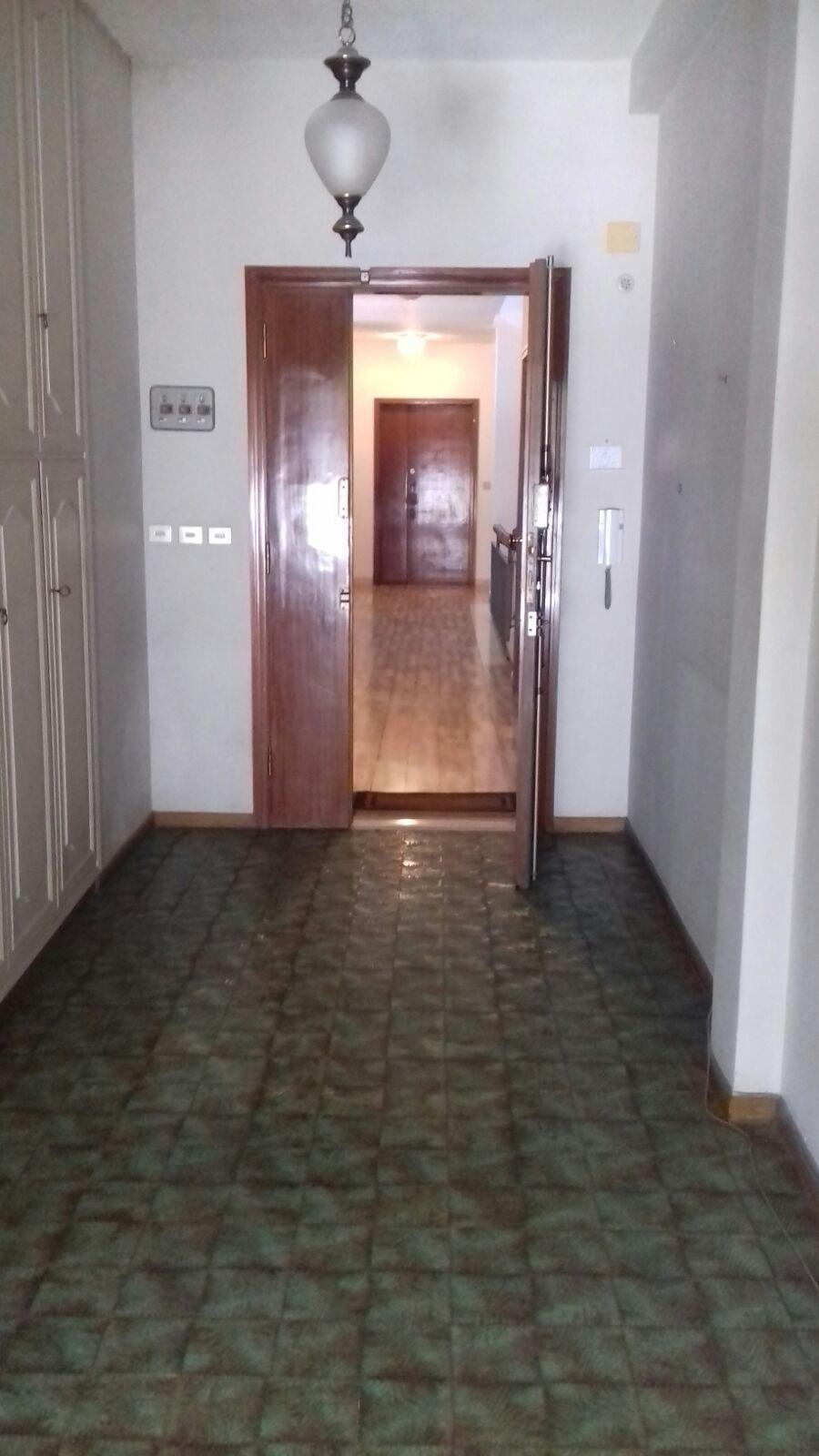 Appartamento in vendita a Livorno, 4 locali, zona Località: Centroresidenziale, prezzo € 230.000   Cambio Casa.it