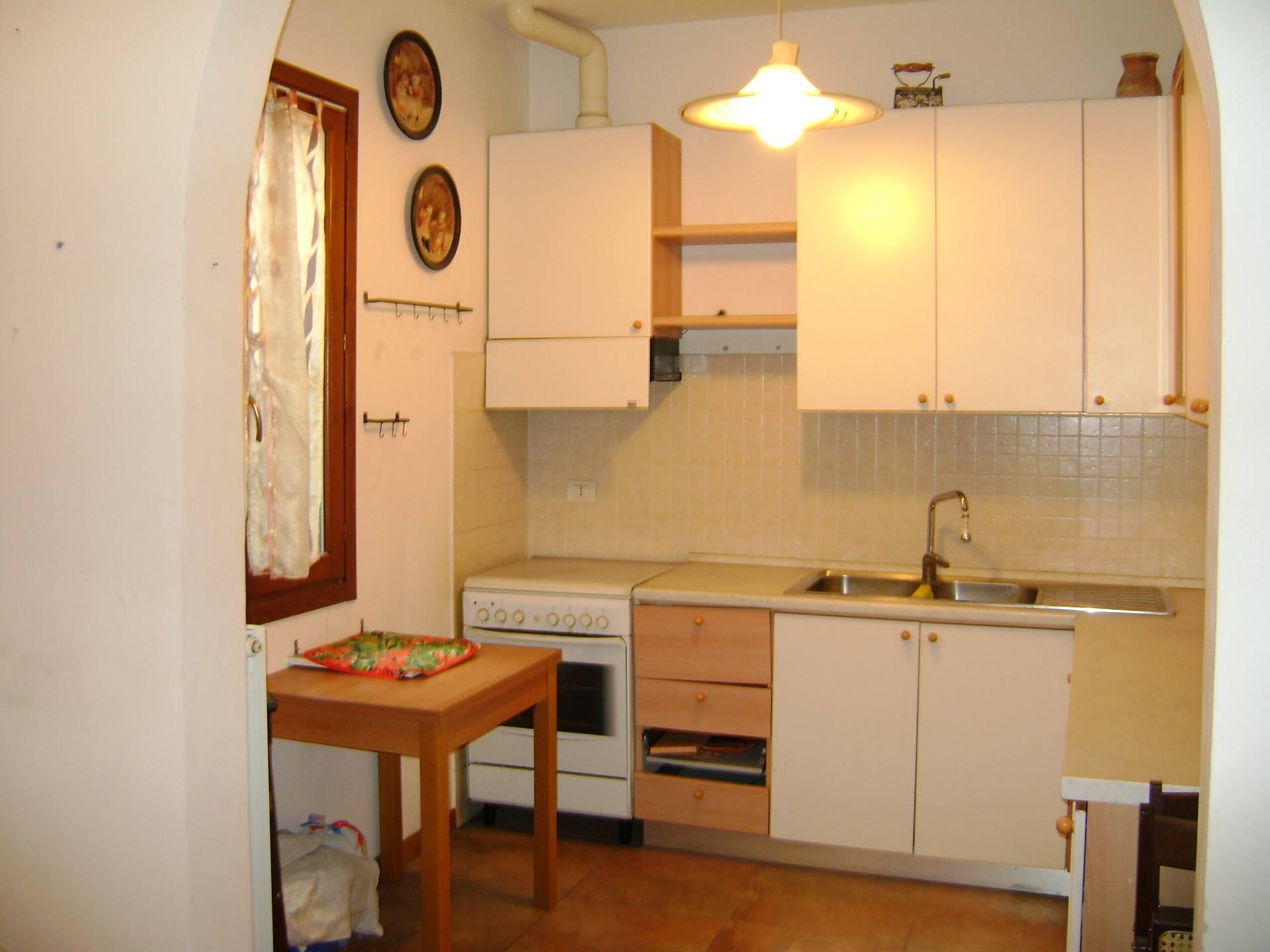 vendita appartamento livorno centro  100000 euro  3 locali  60 mq