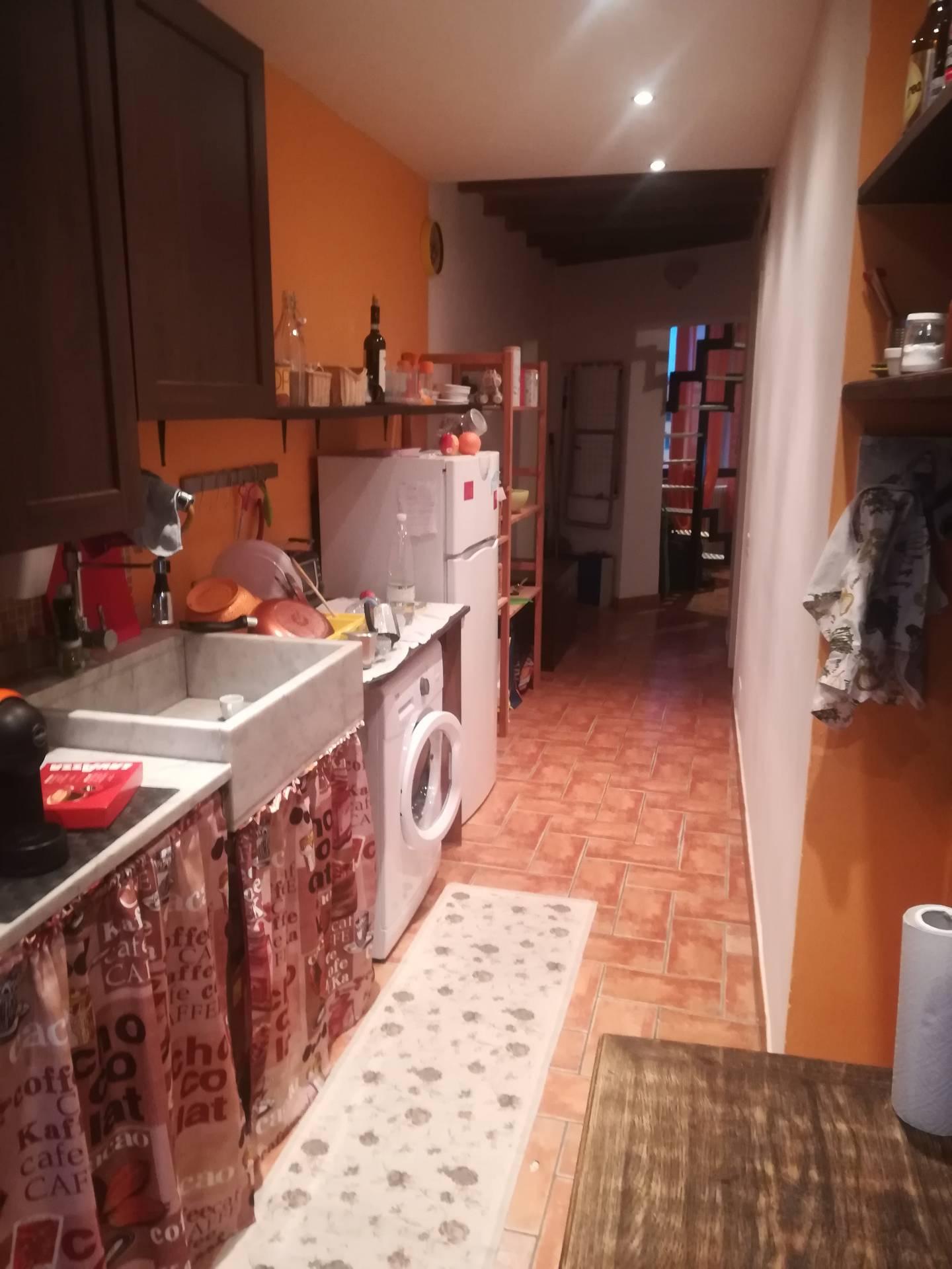 vendita appartamento livorno centro  100000 euro  3 locali  70 mq
