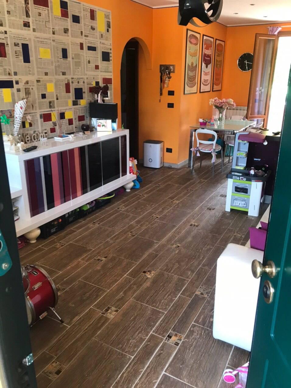 Appartamento in vendita a Porcari, 3 locali, prezzo € 160.000 | CambioCasa.it