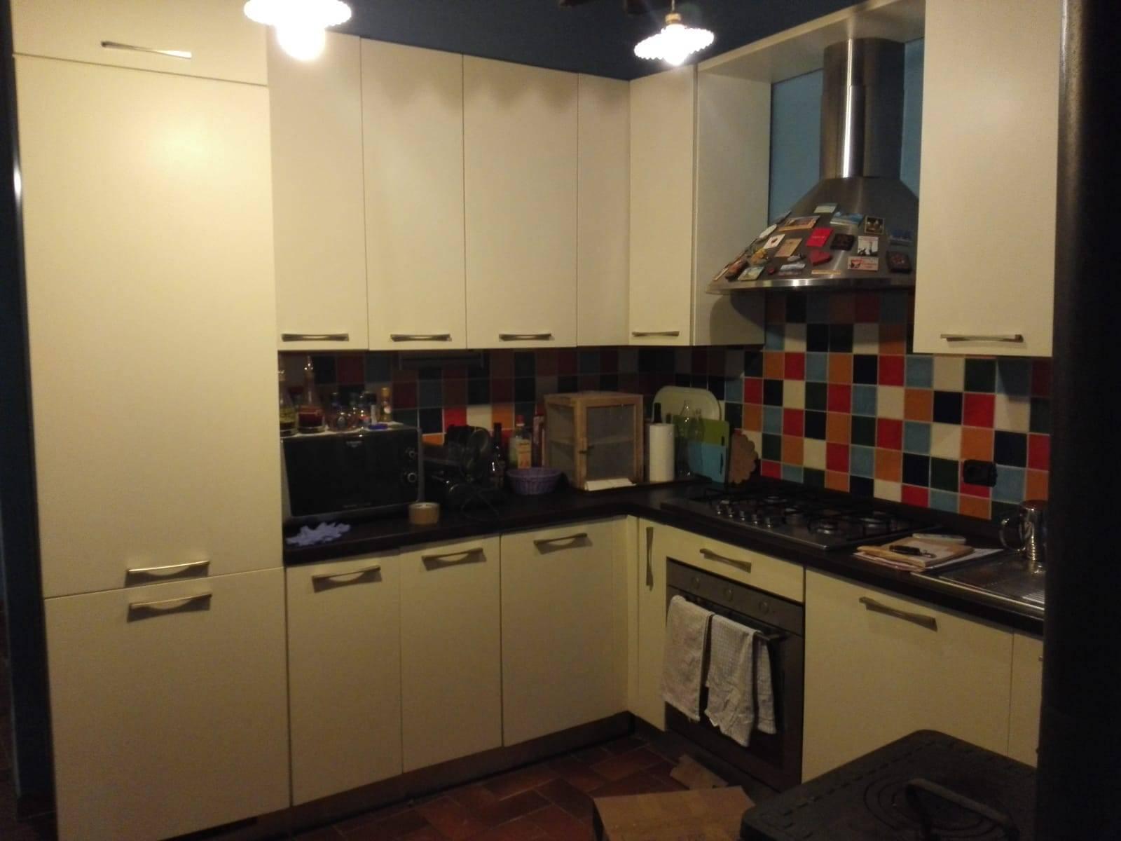 Appartamento in vendita a Bagni di Lucca, 5 locali, prezzo € 115.000   PortaleAgenzieImmobiliari.it