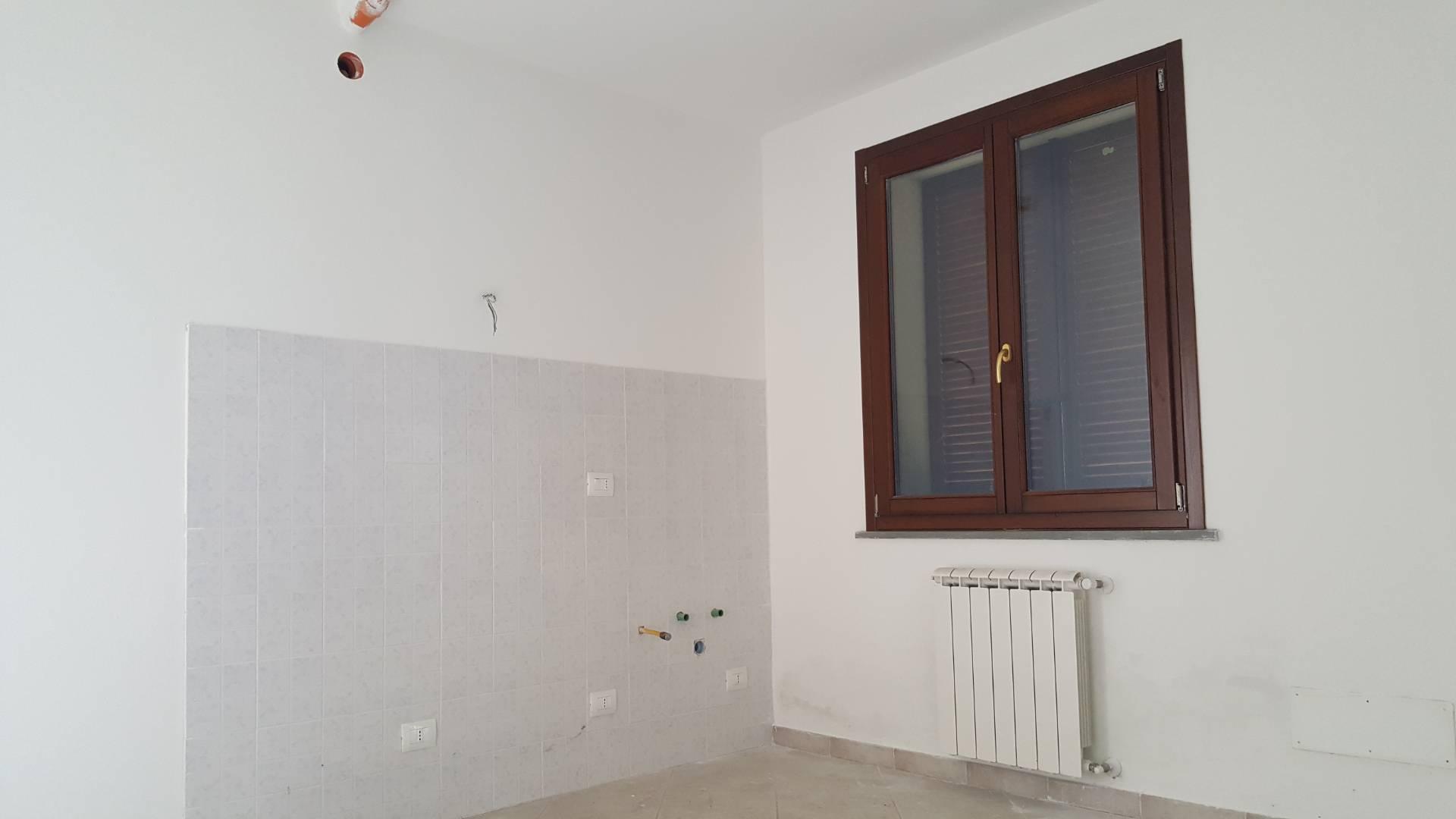 Appartamento in vendita a Santa Maria a Monte, 3 locali, prezzo € 115.000 | CambioCasa.it