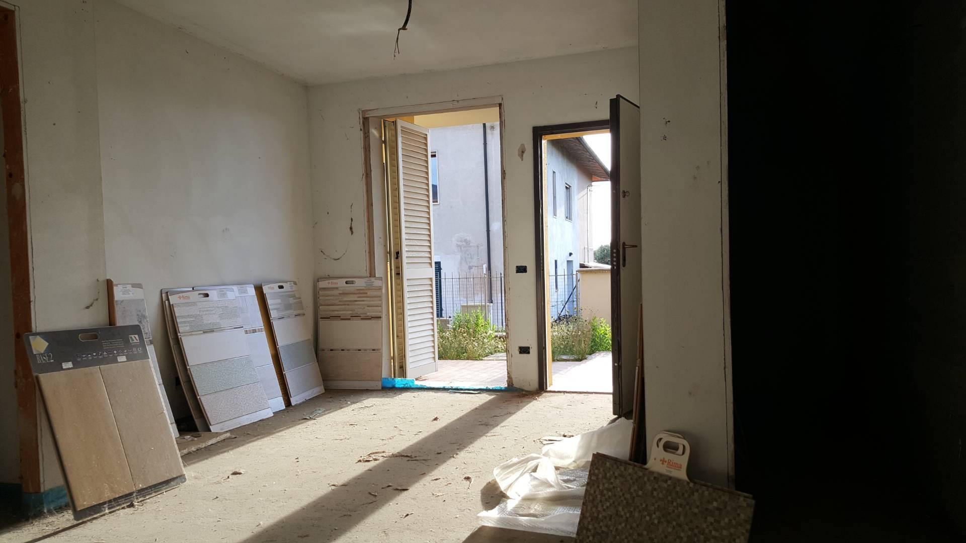 Appartamento in vendita a Santa Maria a Monte, 3 locali, prezzo € 155.000 | CambioCasa.it