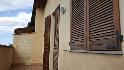 Appartamento a Santa Maria a Monte (2/5)