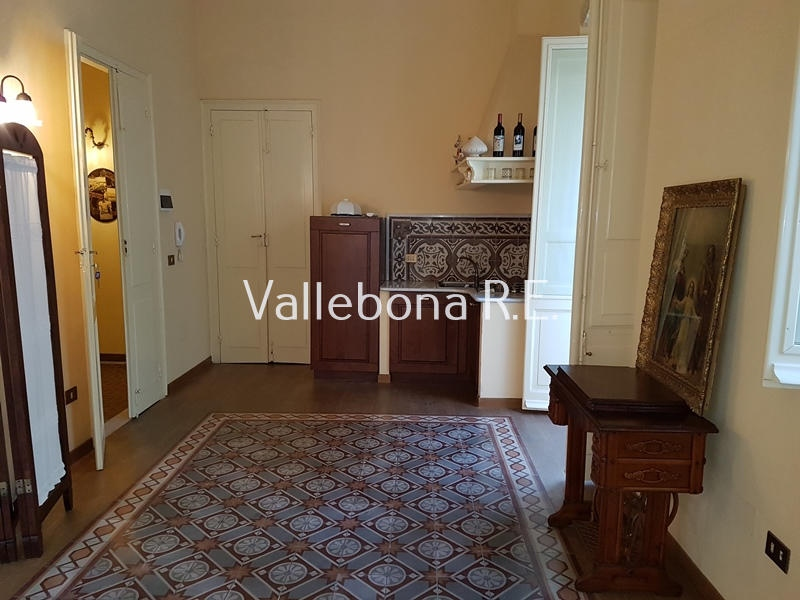 Appartamento in vendita a Carloforte, 6 locali, zona Località: CarlofortePaese/Citycentre, prezzo € 350.000 | CambioCasa.it