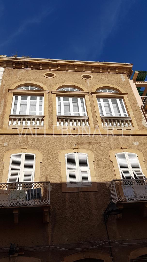 Appartamento in vendita a Carloforte, 4 locali, zona Località: CarlofortePaese/Citycentre, prezzo € 220.000 | CambioCasa.it