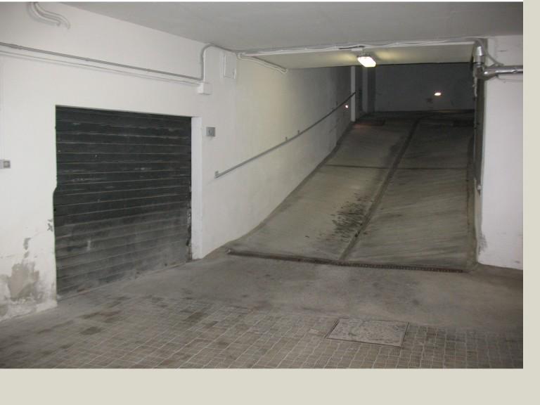 Box / Garage in vendita a Macerata, 1 locali, zona Località: Centrostorico, prezzo € 37.000 | Cambio Casa.it
