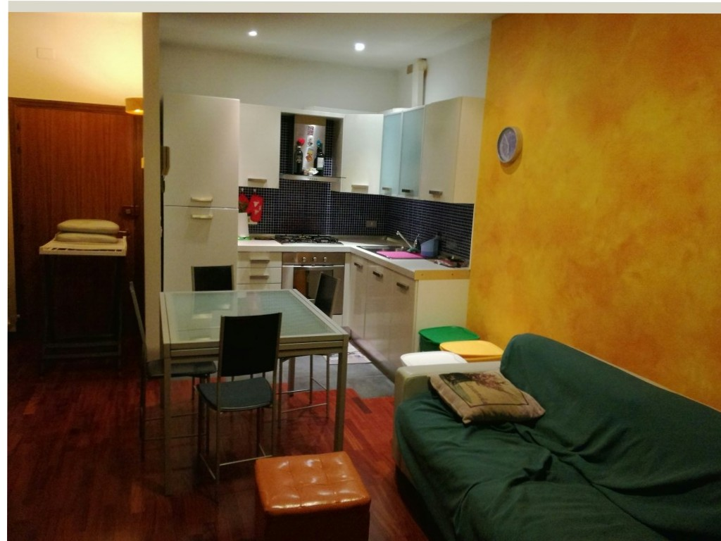 Appartamento in affitto a Macerata, 2 locali, zona Zona: Semicentrale, prezzo € 400 | Cambio Casa.it