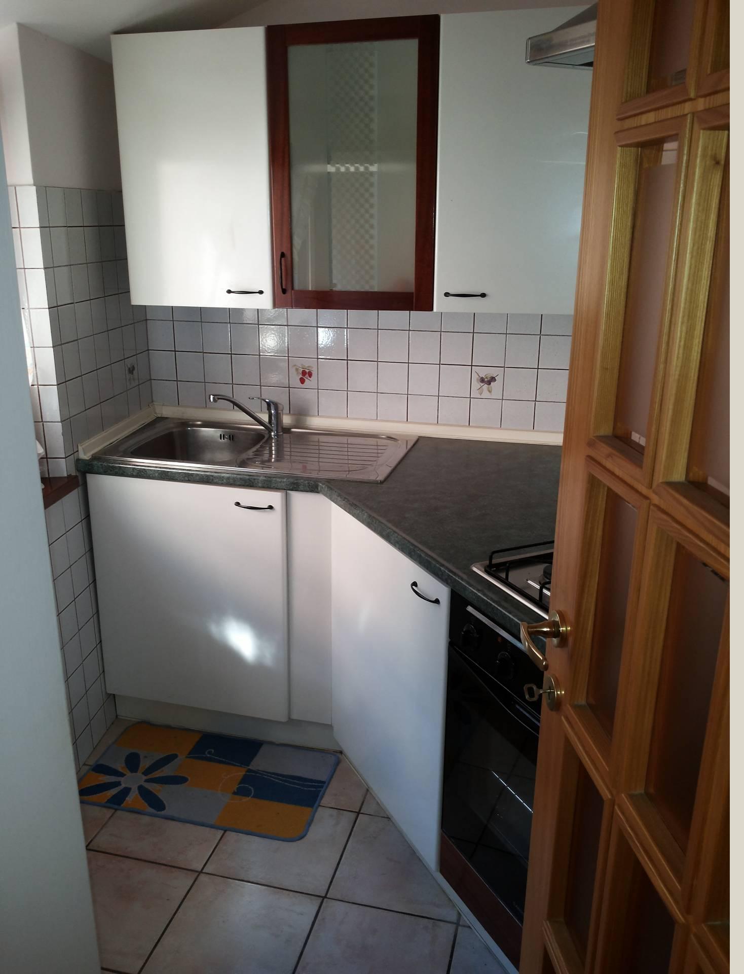 Appartamento in affitto a Macerata, 2 locali, zona Località: Centrostorico, prezzo € 400 | Cambio Casa.it
