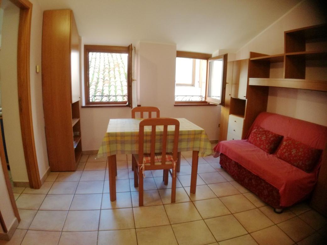 Appartamento in affitto a Macerata, 2 locali, zona Località: Centrostorico, prezzo € 400 | CambioCasa.it