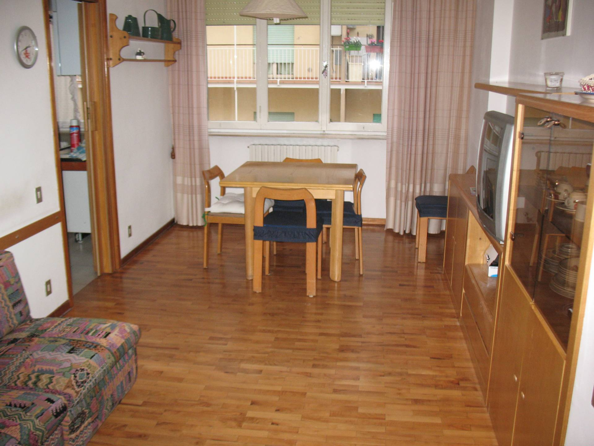 Appartamento in affitto a Macerata, 3 locali, zona Zona: Semicentrale, prezzo € 400 | CambioCasa.it