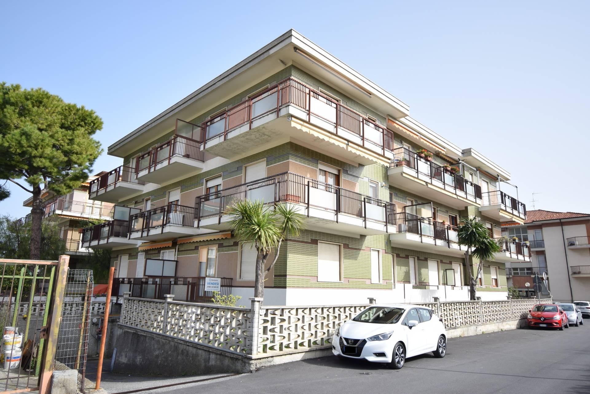 Appartamento in vendita a Diano Marina, 2 locali, prezzo € 175.000 | CambioCasa.it