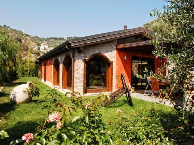 Villa for Sale to Imperia