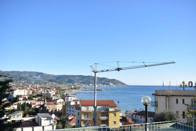 Apartment for Sale to Diano Marina