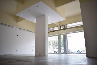 Commercial Property for Sale to Diano Marina