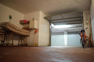 Box / Posti auto in Vendita a San Bartolomeo al Mare