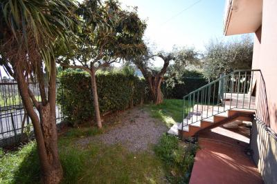 Apartment for Sale to Diano Castello