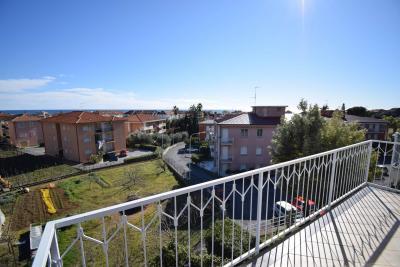 Appartamento in Affitto a San Bartolomeo al Mare