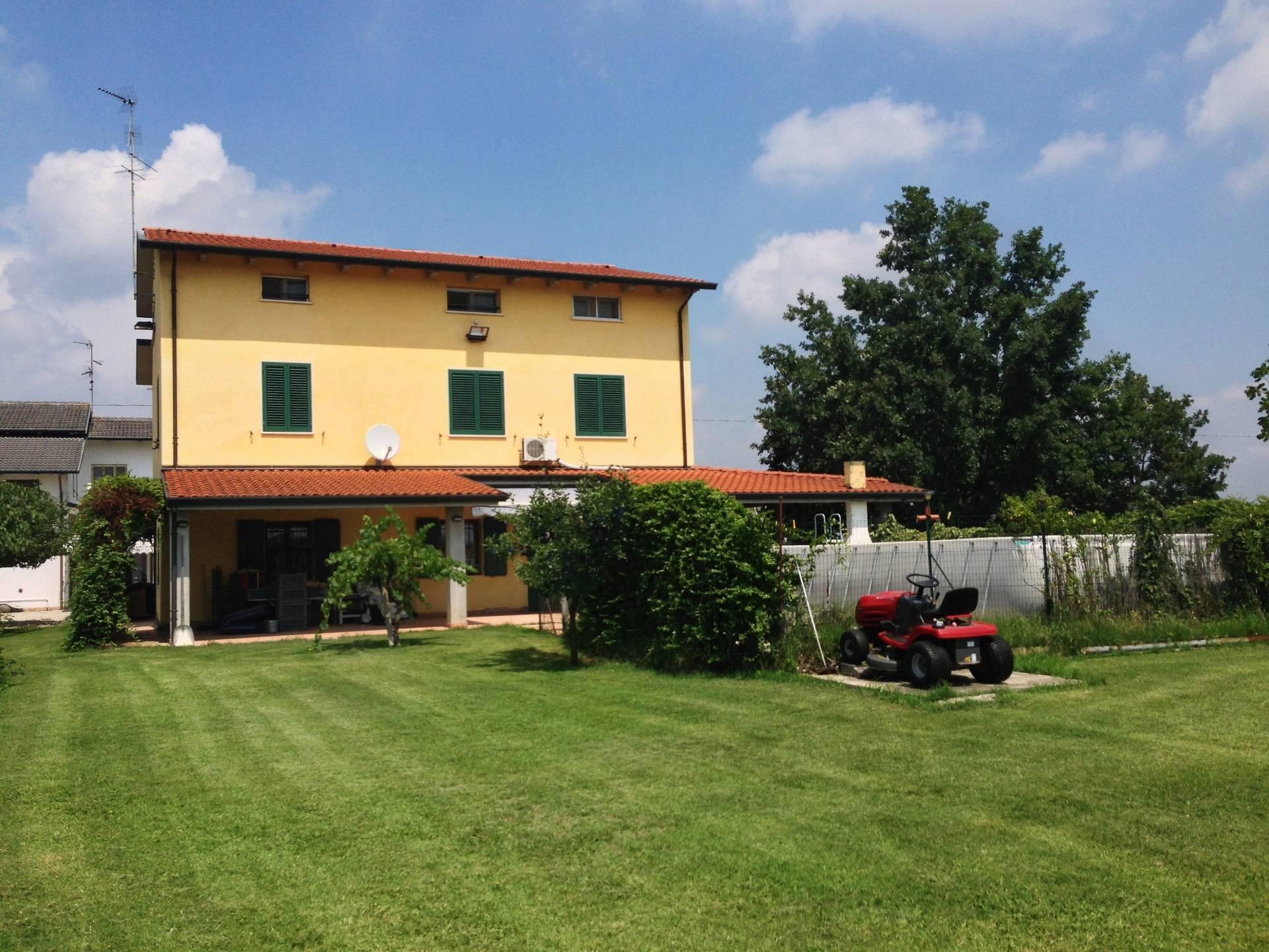 Foto 1 di Casa indipendente Strada Provinciale 45, Bondeno