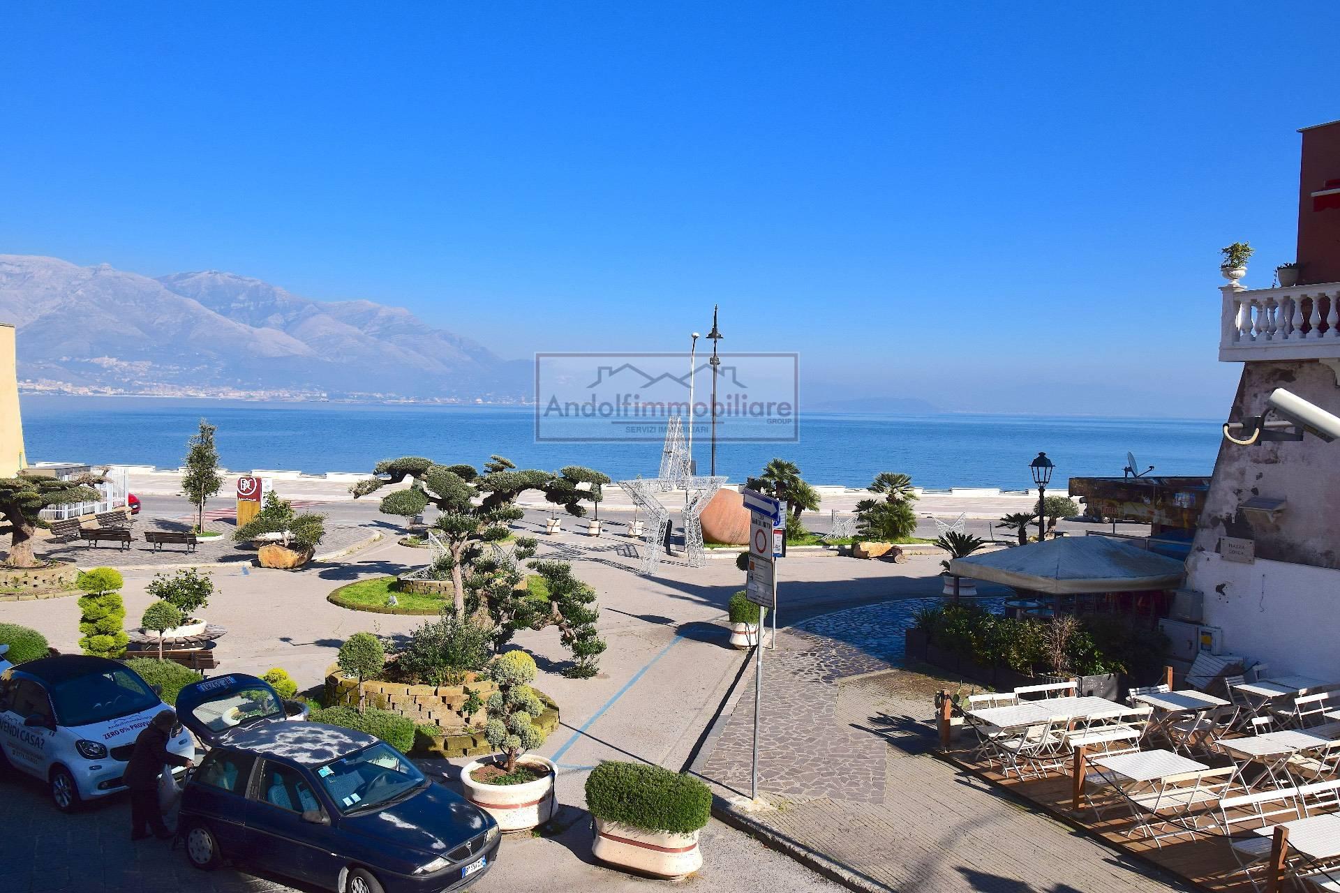 Appartamento in vendita a Gaeta, 11 locali, prezzo € 649.000 | PortaleAgenzieImmobiliari.it