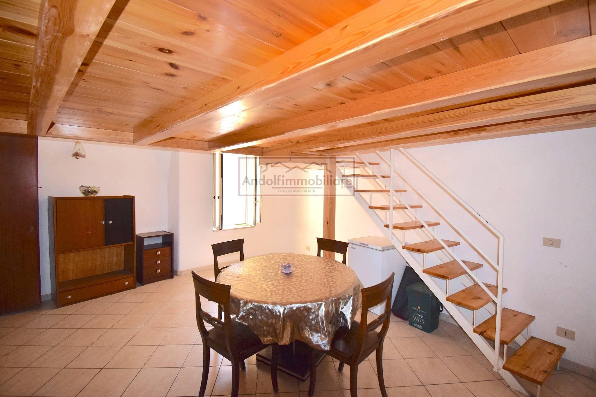 Appartamento in vendita a Gaeta, 2 locali, prezzo € 89.000 | CambioCasa.it