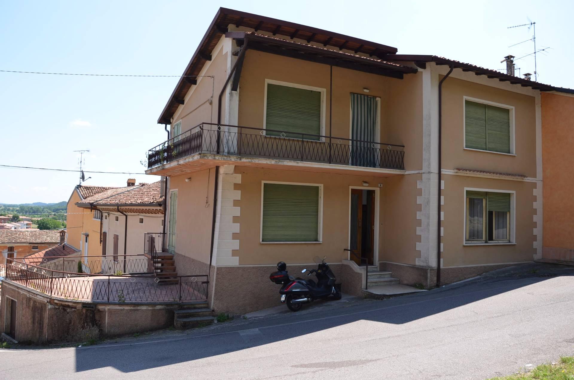 Rustico / Casale in vendita a Solferino, 5 locali, prezzo € 80.000 | PortaleAgenzieImmobiliari.it