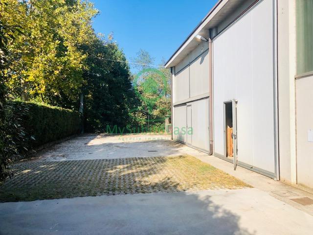 Attività / Licenza in affitto a Montichiari, 9999 locali, zona gli, prezzo € 750 | PortaleAgenzieImmobiliari.it